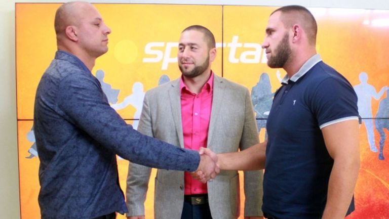 Камен Георгиев vs. Калоян Колев в студиото на Sportal преди SFC 7 Avatars