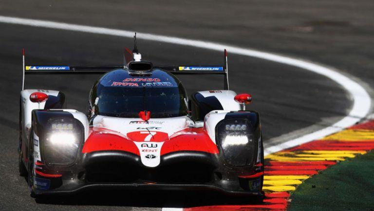 """Toyota доминира в """"6-те часа на Фуджи"""", екипът с номер 7 с първа победа"""