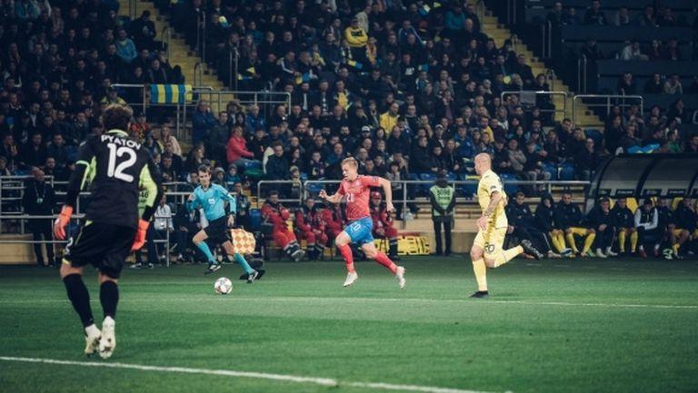 Украйна си гарантира първото място с минимален успех над Чехия (видео)