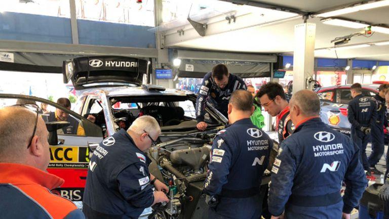 Лидерът във WRC се преобърна на старта на рали Испания (видео)