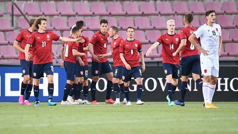 Чехите не се затрудниха с Албания (видео)