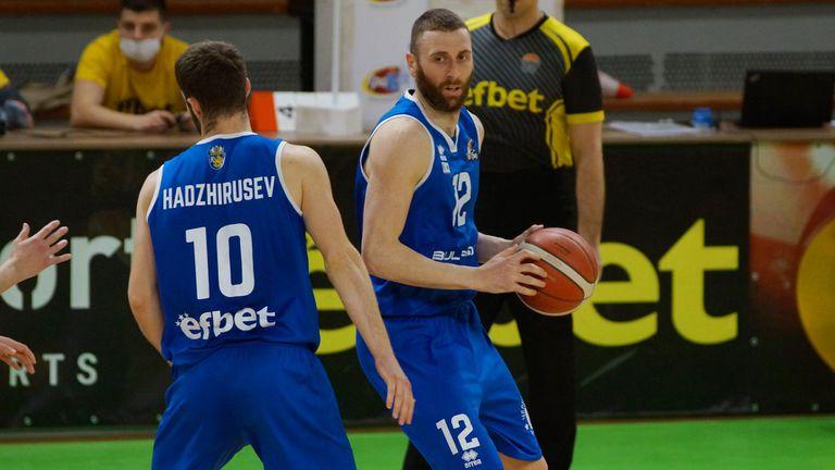 Черноморец официално запази своя капитан