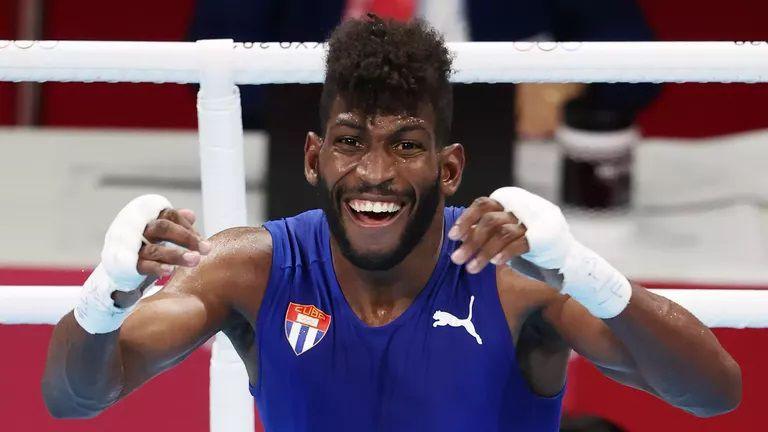 Анди Крус е олимпийски шампион в категория до 63 кг