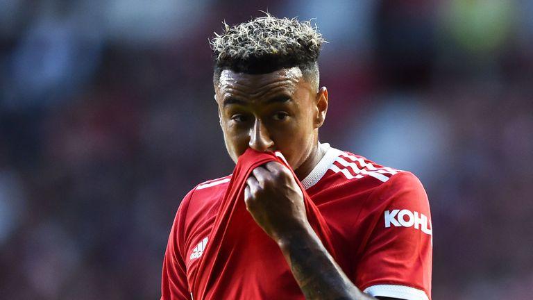 Манчестър Юнайтед отказал шест оферти за Лингард през лятото