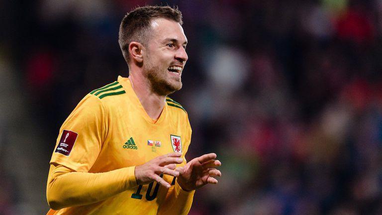 """Чехия и Уелс не успяха да разрешат спора за второто място, комичен автогол попречи на """"драконите"""""""