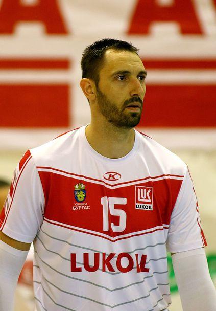 Николай Учиков