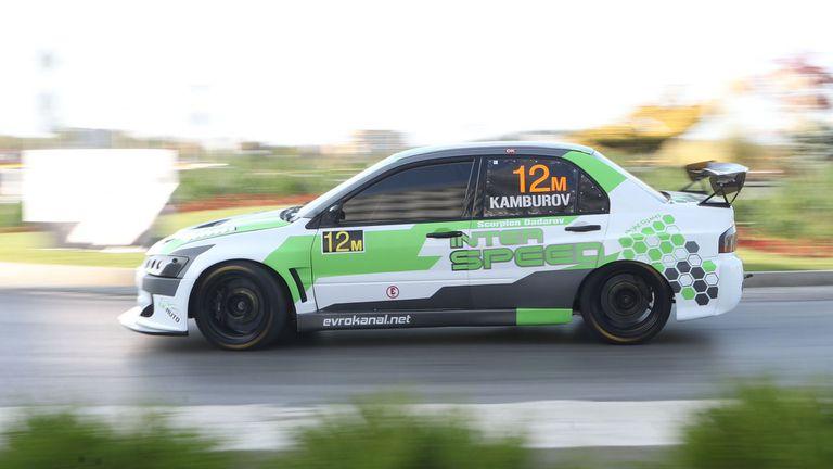 Пламен Камбуров започна с победа сезона в шампионата на писта