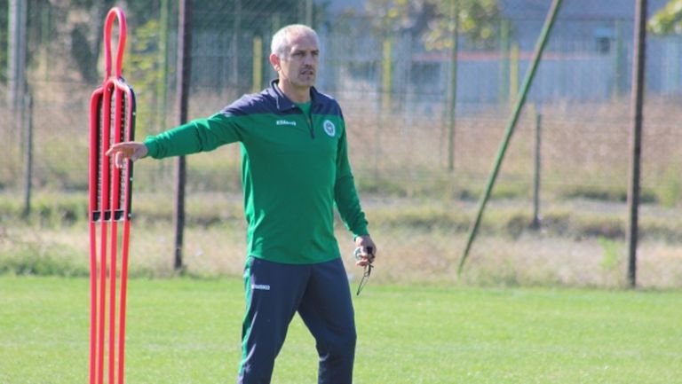 Треньорът на аутсайдера във Втора лига поема Верея