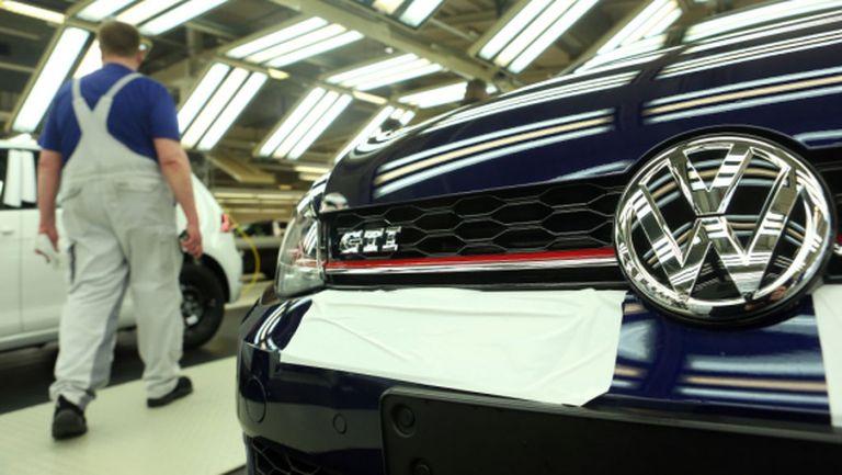 Volkswagen инвестира $2 млрд. в новия Golf
