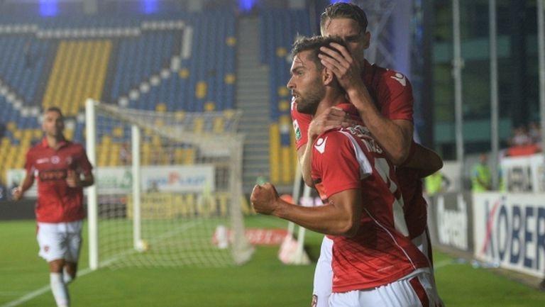 Левски и Динамо (Б) се разбраха за Нашименто