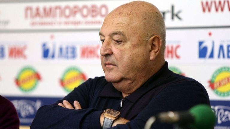Венци Стефанов: Българските отбори да забравят за Христов и Велков, двамата отиват в европейски клубове!