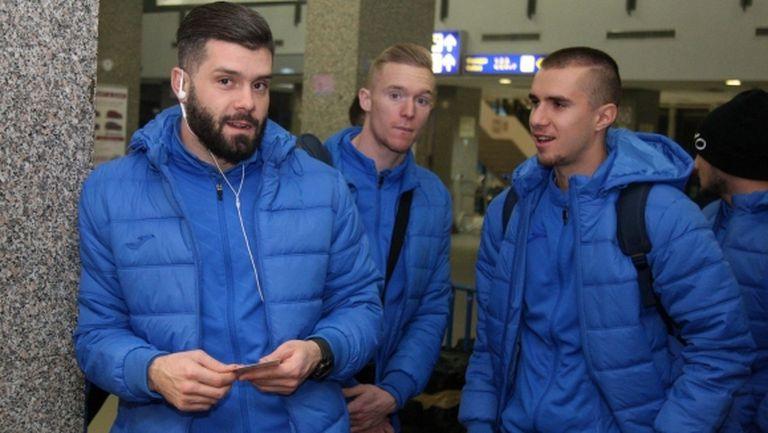 Левски почва преговори с Митрев и Прохазка