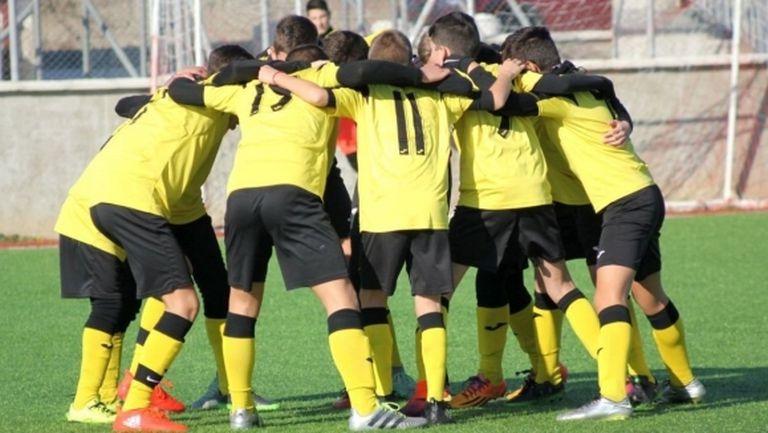 Два отбора от школата на Ботев (Пд) играят с Галатасарай и Фенербахче