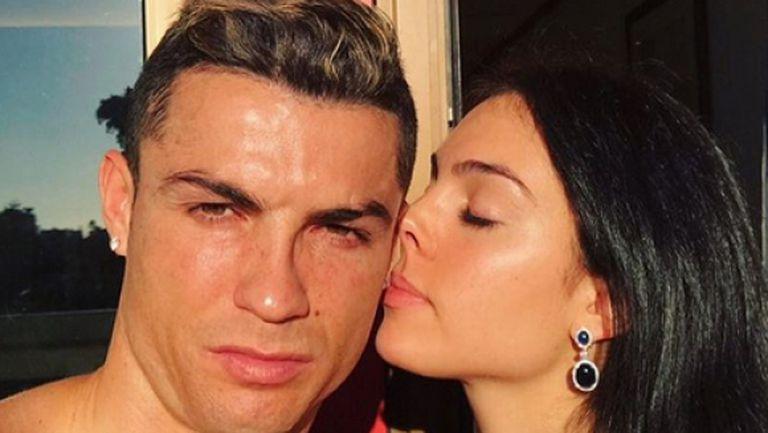 Роналдо на романтична почивка с Джорджина