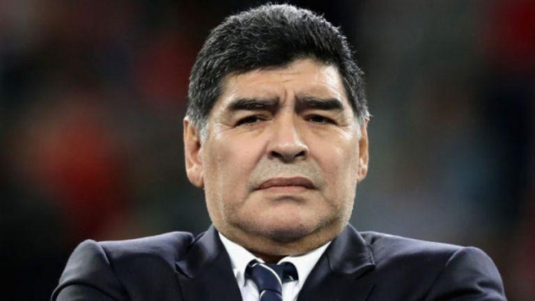 Марадона подкрепи семейството на Астори