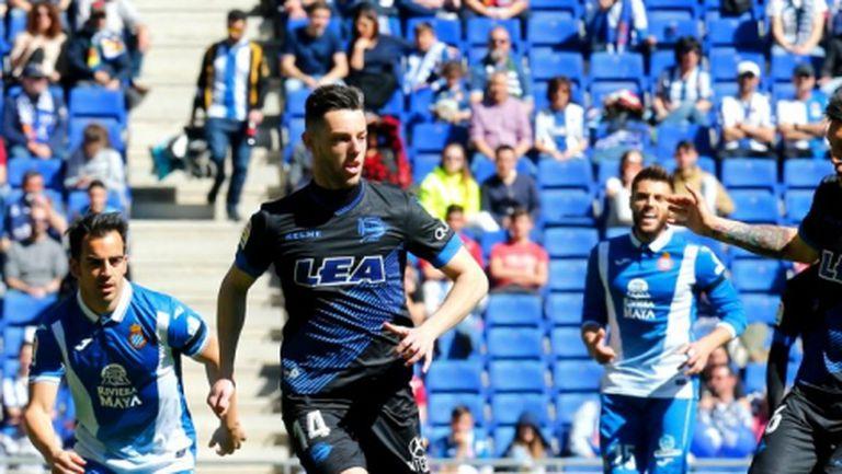 Неделната Примера започна без голове в Барселона
