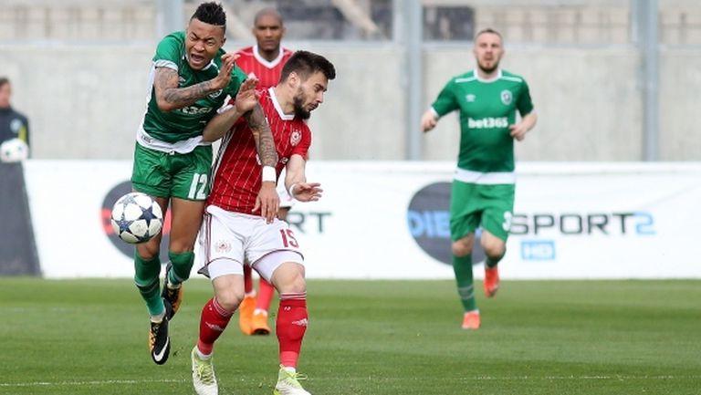 Опасенията се потвърдиха: основен футболист на Лудогорец е с тежка контузия