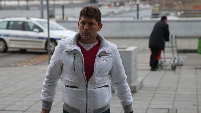 Стоилов обяви причините за тежкото поражение и заяви: Не може от два мача сезонът да рухне