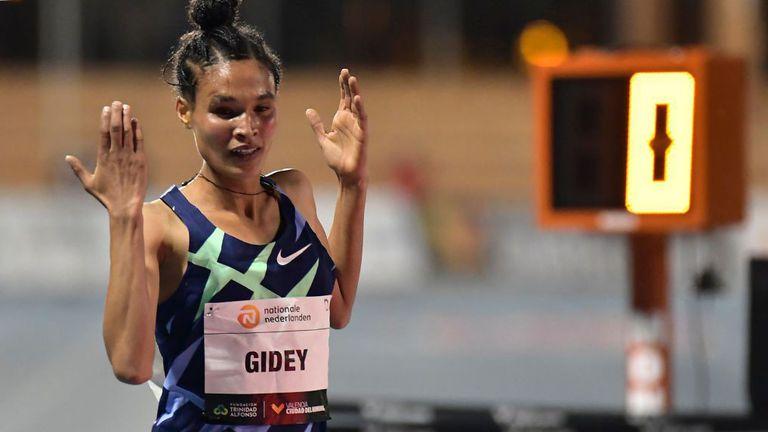 Етиопка постави  нов световен рекорд  в бягането на 10000 метра