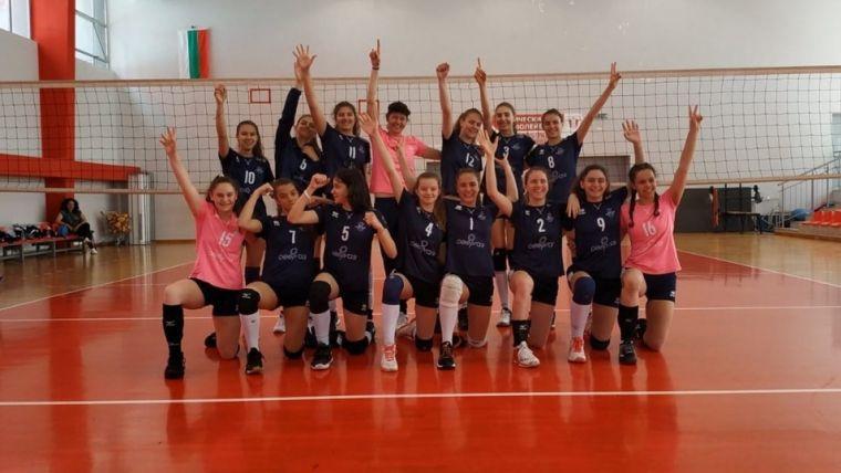 ЦПВК и Марица с експресни победи на старта на финалите за прекадетки 🏐