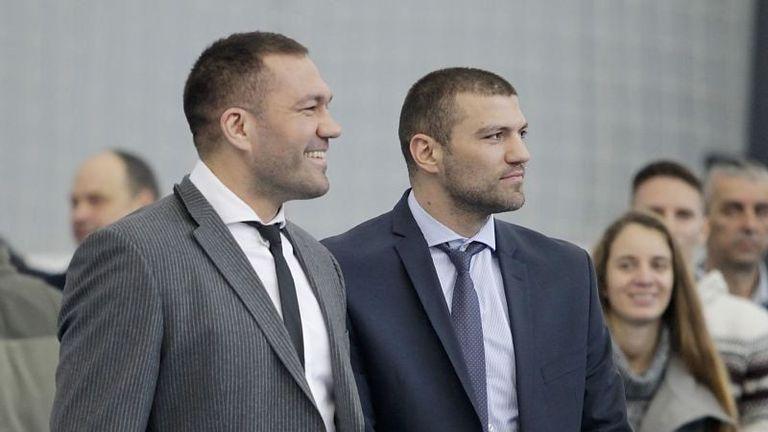 Братя Пулеви ще посетят Централния софийски затвор за турнир по бокс 🥊
