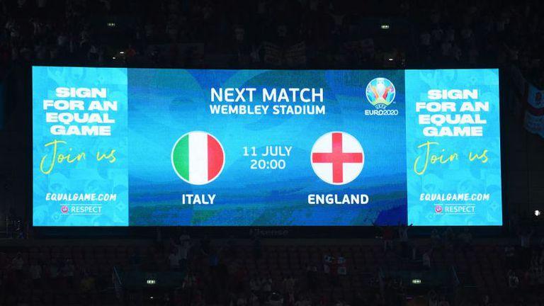 БНТ определи кой ще коментира големия финал на Евро 2020