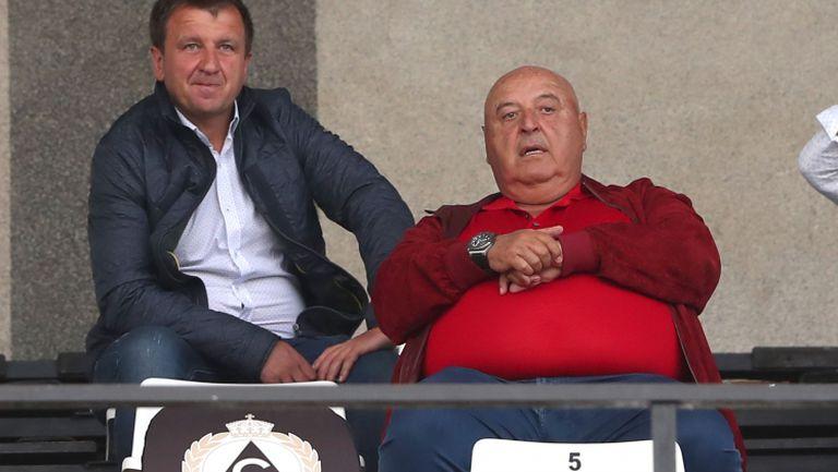 Венци Стефанов е на стадиона за Славия - Ботев