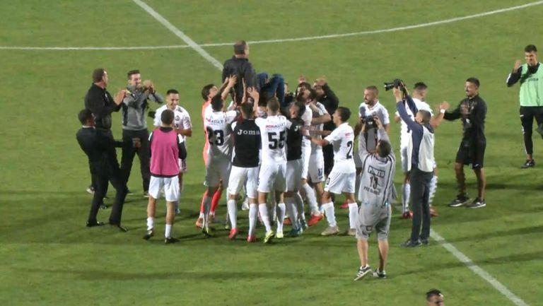 Радост за Славия след победата над Ботев