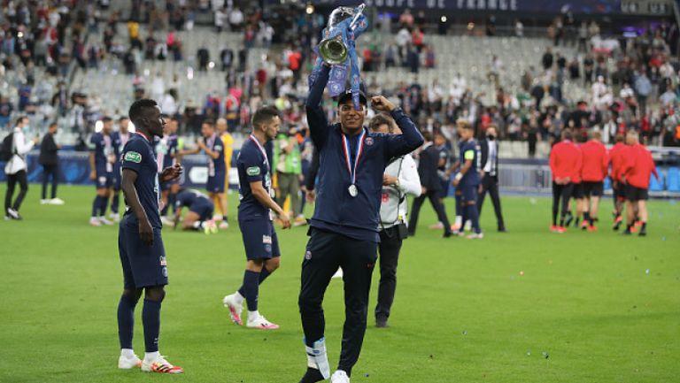 Мбапе се разплака след принудителното напускане по време на финала