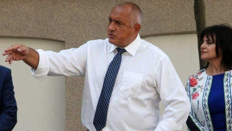 Премиерът прати Ананиев на финала за Купата на България