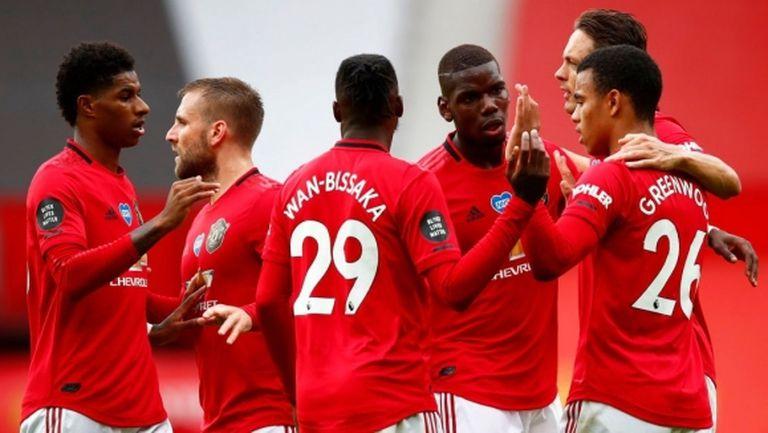 Мощната атака качи Юнайтед поне за малко на мечтаното място (видео)