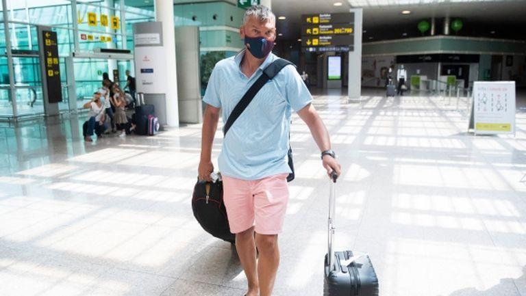Шарас пристигна в Барселона