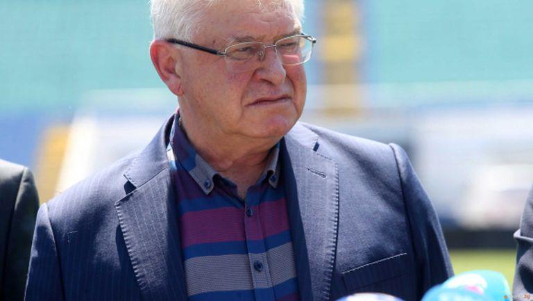 Кирил Ананиев: При над 200 болни на ден ще трябва да се възстановят част от мерките (видео)
