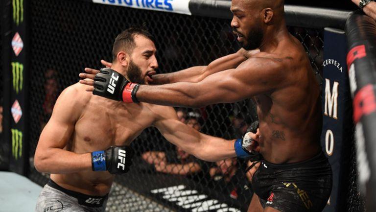 Рейес: UFC трябва да отнеме титлата от Джон Джоунс