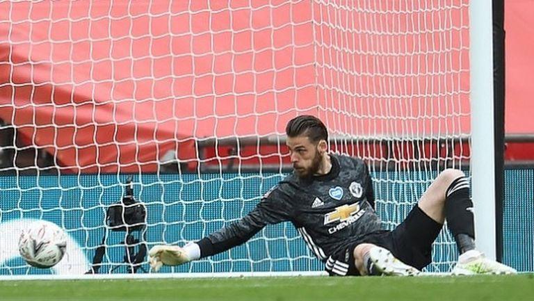 Шиърър: Крайно време е Де Хеа да седне на пейката и №1 на Юнайтед да стане Хендерсън