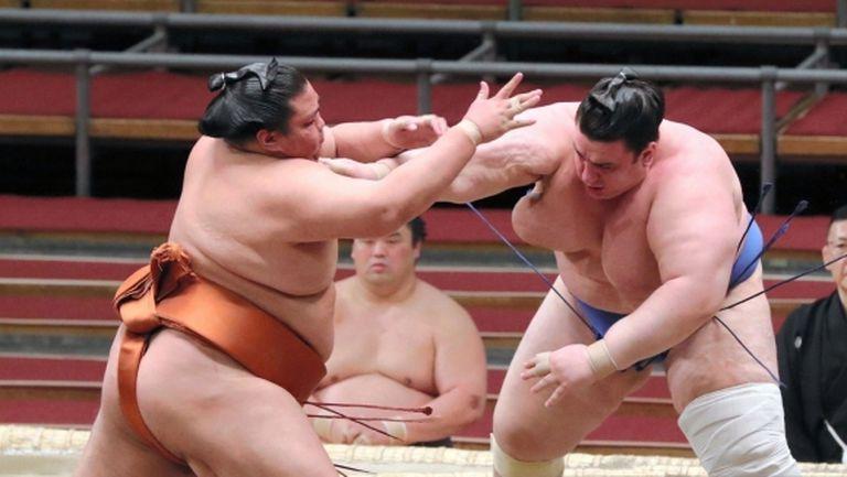 Първа победа за Аоияма в Токио