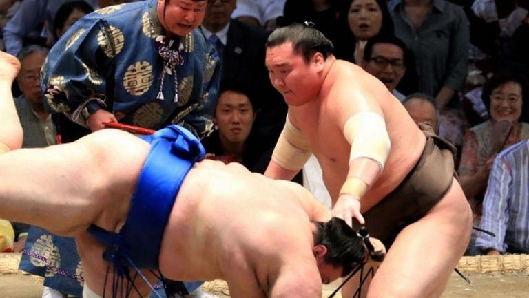Втора загуба за Аоияма в Токио