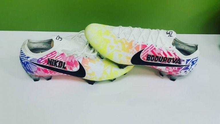Бодуров показа новите си обувки