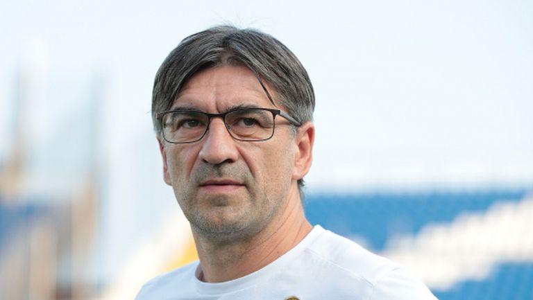 Верона ще задържи треньора си Иван Юрич до 2023 година