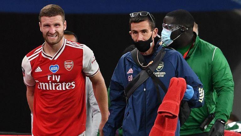 Арсенал няма да разчита на Мустафи във финала за ФА Къп