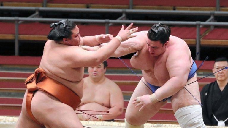 Даниел Иванов отново загуби на турнира по сумо в Токио