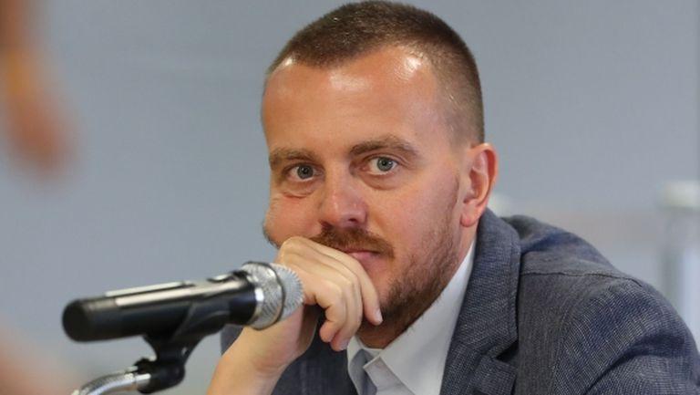 Шеф на Левски разясни какво става в клуба, призна за противоречие