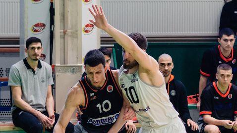 Черноморец и Академик подновяват съперничеството си на старта на сезона