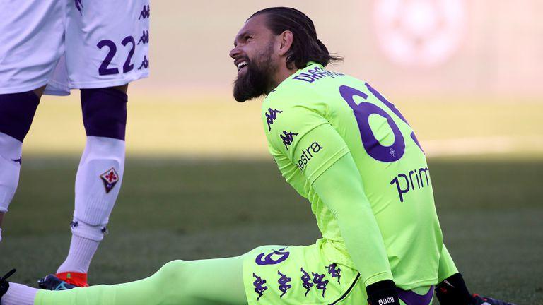 Контузия дава шанс на български вратар във Фиорентина
