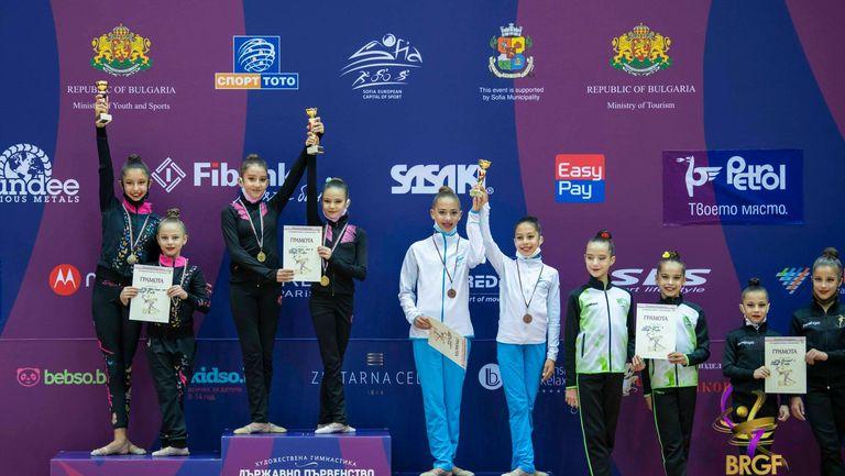 """Михаела Пашова спечели титлата в многобоя на държавното първенство по художествена гимнастика при девойките младша възраст, """"Нюанс НСА"""" е отборен шампион"""