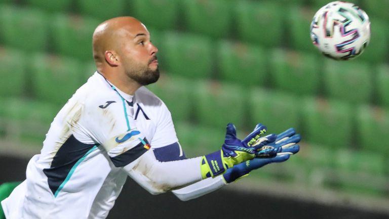 Николай Михайлов: Ситуацията със Здравко Димитров е смешна и несериозна, така срамим българския футбол