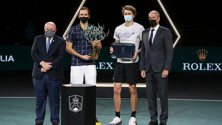 Медведев спечели титлата в Париж