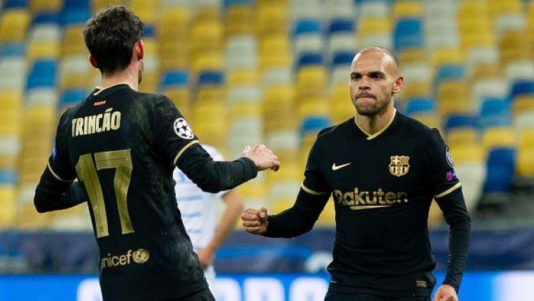 Барса си свърши работата и разби с 4:0 Динамо в Киев