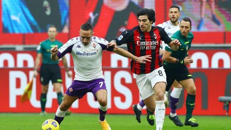 Милан надигра Фиорентина с 2:0