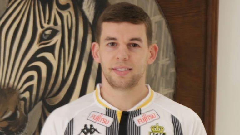 Бивш играч на Ливърпул ще се конкурира с Иван Горанов в Шарлероа